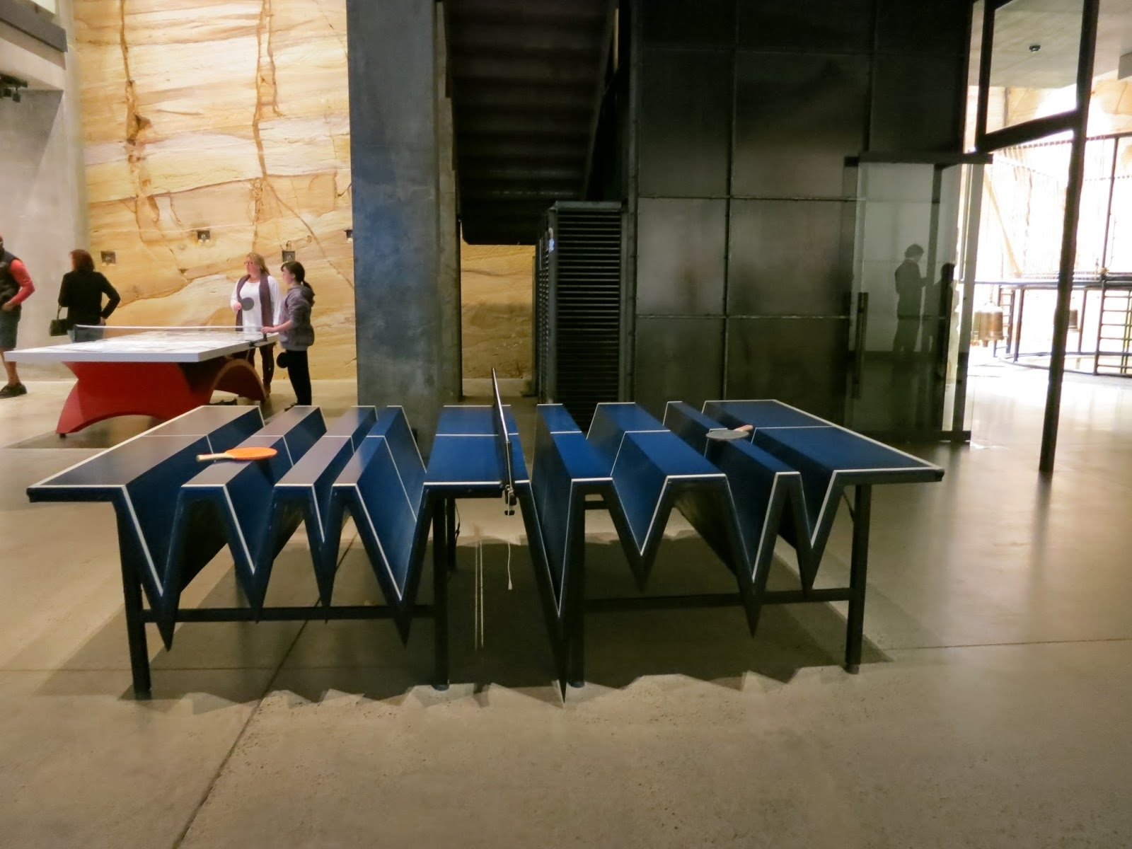 Special Design Table Tennis Table